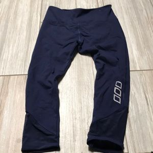 Lorna Jane capris in like new condition